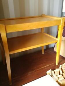 Oakville 24x24x16 Vintage Mid-Century Side Table Natural Solid Wood
