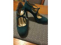Stunning Hobbs shoes size 39.5