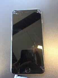 Apple iPhone 16Gb black cracked screen