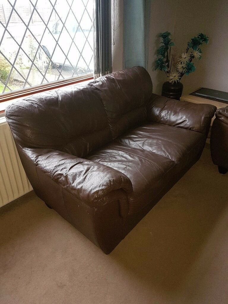 2 and 3 seater brown leather sofa's