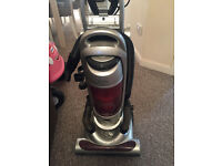 Cheap Vaccum cleaner hoover in good working order