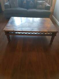 LARGE SOLD WOOD COFFEE TABLE