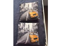 3 New York styled Pillows (Black and white)