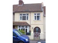3 bedroom house with Garden and Garage - Lower Knowle