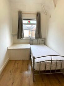 🔎🔑📍SINGLE ROOM in Alliance Road - E13 8PL £100pw/ Near Prince Regent DLR Station