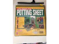 Potting sheets and garden sheets