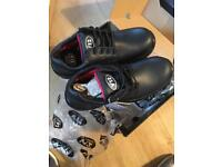 Safety shoes metal free size 10
