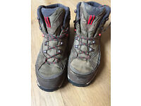 Nearly New Hiking Boots (only worn twice) Size 9.5