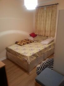 Furnished Room for Rent in Grays 0.2 ml to Station