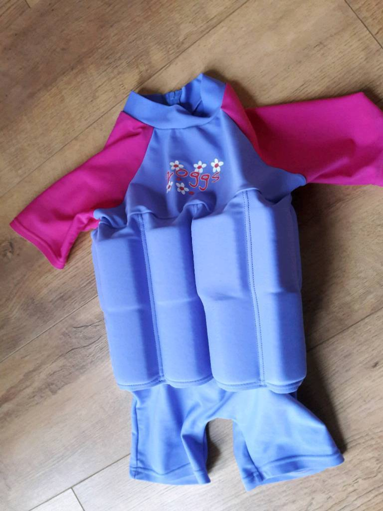Children's swimming costume with floats