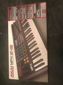 AKAI MIDI Keyboard Controller