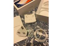 APPLE IPHONE X BOX COMPLETE WITH ACCESORIES NEW