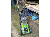 Greenworks cordless lawnmower with rechargeable battery 40v 45cm