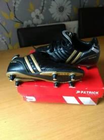 Patrick football boots