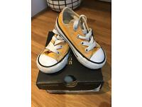Converse trainers (infant)