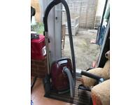 JUST REDUCED Miele cat dog with turbo