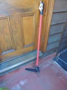 Grandpa's Weeder - Remove flatweeds without Bending! Launceston Launceston Area Preview