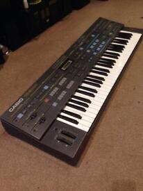 Casio CZ-5000 Vintage Phase Distortion Synthesizer with Sequencer