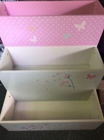 Child's book shelf storage unit and mirror