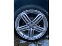 Genuine Audi Q3 Alloy wheels 255/40/R19 segment wheels Bright Silver