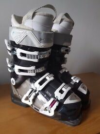 Women's Head Vector Ski Boots, Size 6