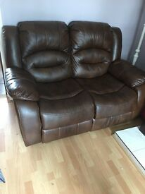 3&2 leather sofa recliners