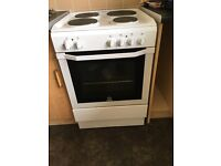 6 month old indesit cooker for sale excellent condition