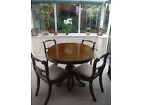 Dining Table & 4 Chairs, extendable and in good condition