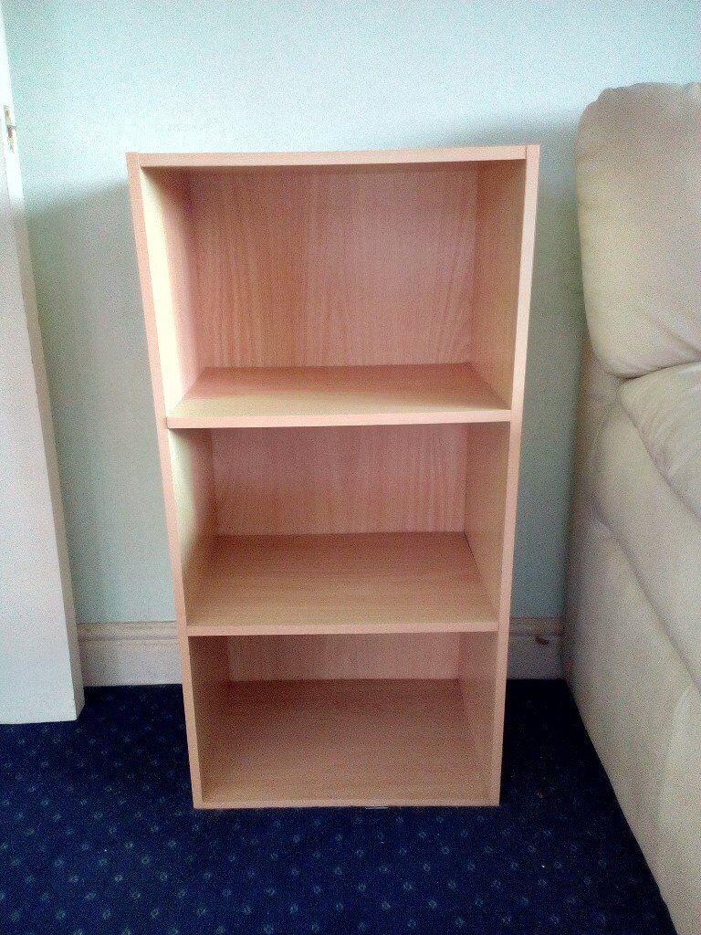 Brown 3 shelf bookcase