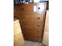 A lovely 1940s chest of drawers.