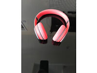 Beats by Dr. Dre Solo2 Wireless On-Ear Headphones