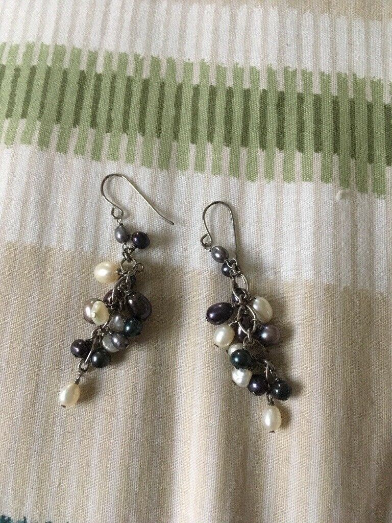 Fresh water and cultured pearl earrings