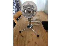 Snowball Mic - Nearly New