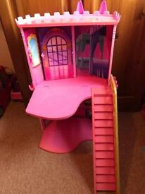 Barbie doll house £10.00