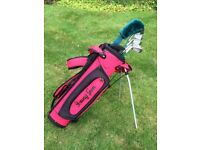 JUNIOR SET of GOLF CLUBS - Starter Set for a young person