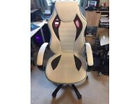 RACING GAMING COMPUTER CHAIR WHITE