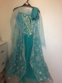 Lovely Disney frozen Delux Elsa dress with gloves age 9-10