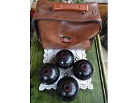 Set of 4 Lawn Bowls (Size 4) with leather carrier bag