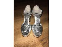 Anna Scholz Metallic Silver Platform Heels