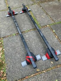 Thule fixed point fixing and square rails