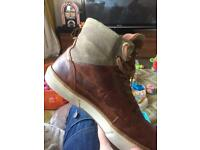 Pantaflo o ore boots size10 rich brown