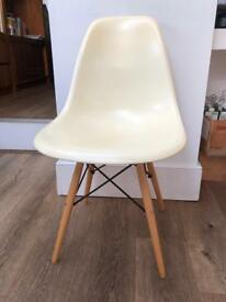 X6 Eames style Eiffel dining chairs