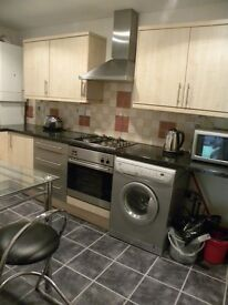~~~A modern one double bedroom period Garden Flat located close to Sydenham Rail Station~~~