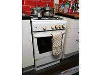 Indisit White Gas Cooker Hob Oven Freestanding Kitchen Appliance For Sale