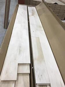 Plancher de bois franc brut 2.99$/pc erable et chêne rouge