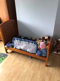 MAMAS AND PAPAS SUMMERHOUSE COT BED WITH INSTRUCTIONS £150 O.N.O