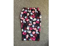 BooHoo Floral Pencil Skirt. Size 12 Brand New with Tag