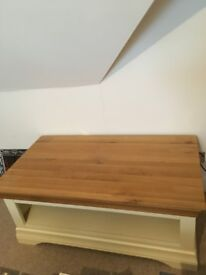 Country Cottage Table