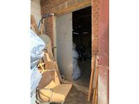 Warehouse / Workshop / Storage Unit - 1000 sq.ft - Spray Room, Secure High Doors, High Ceiling