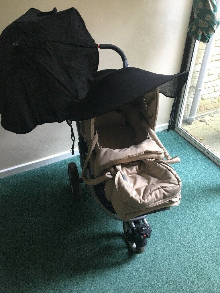 Teutonia Spirit Pram / Stroller, with instructions & accessories. Sound used condition.